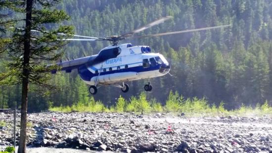 Вертолет компании Ангара
