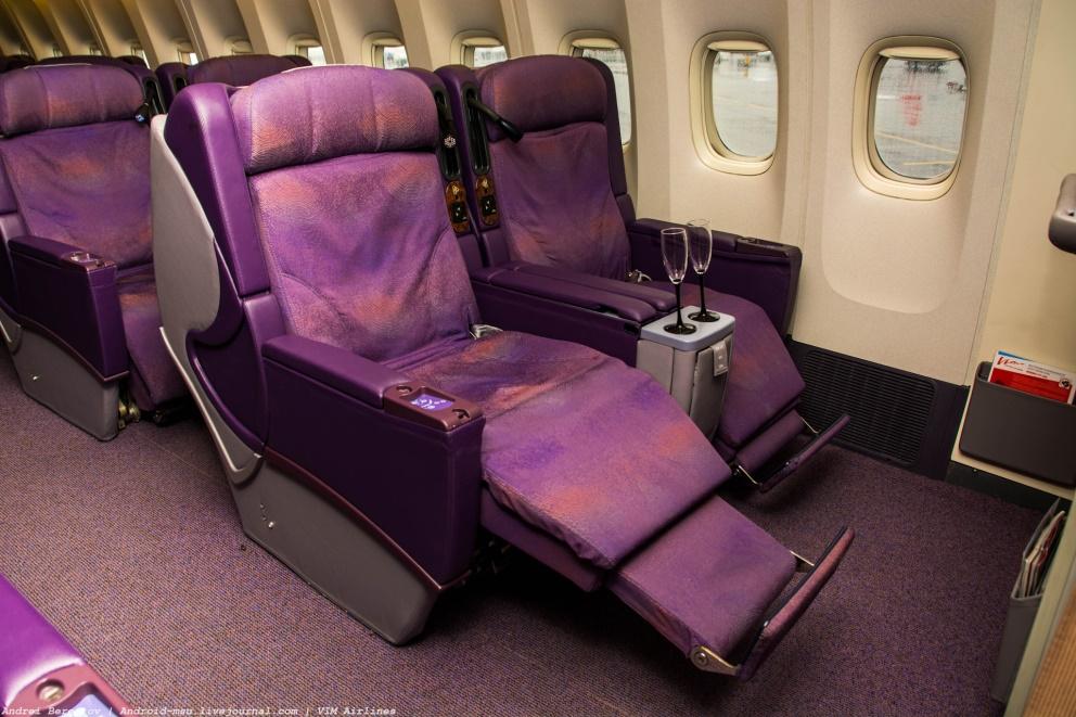 Салон бизнес-класса Boeing 777-200 ВИМ-Авиа
