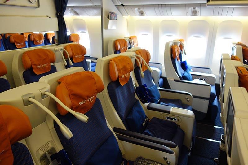 Комфорт класс Boeing 777-300