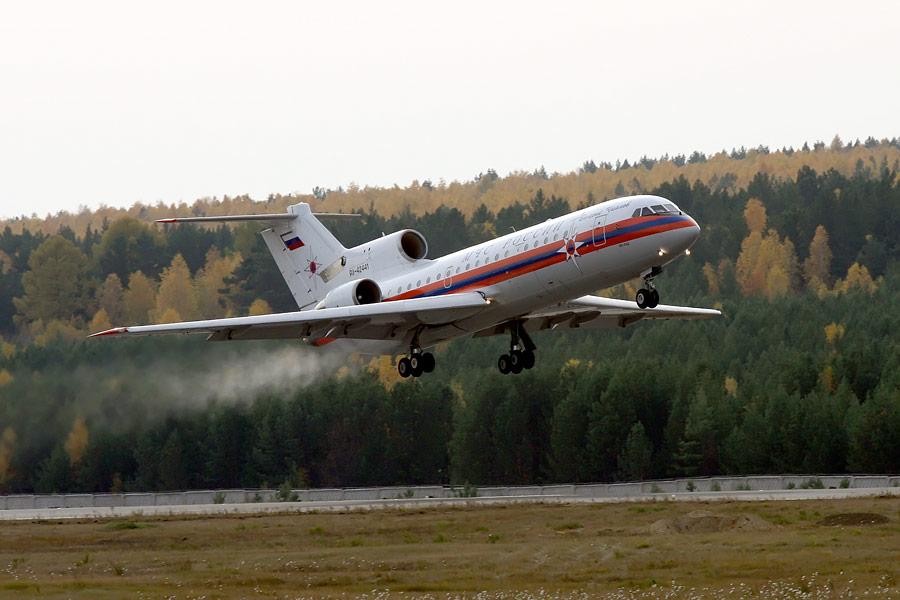 Самолет Як-42