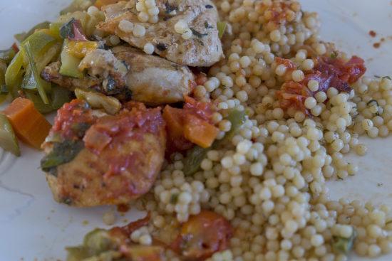 Курица и кус-кус: обед бизнес-уровня
