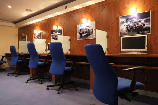 Компьютерный зал для работы