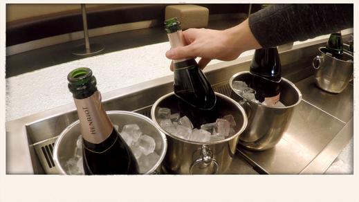 Шампанское в аэропорту